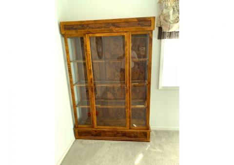 WOOD DISPLAY HUTCH