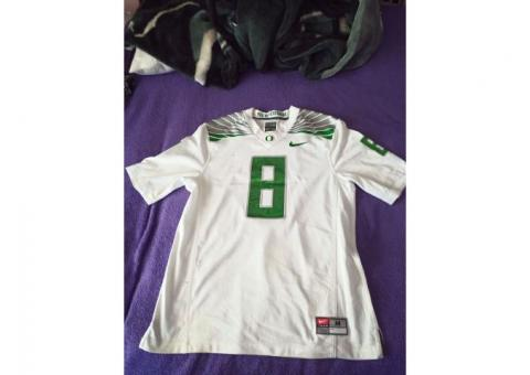 Marcus Mariota Oregon Ducks You VS Yesterday Jersey size M