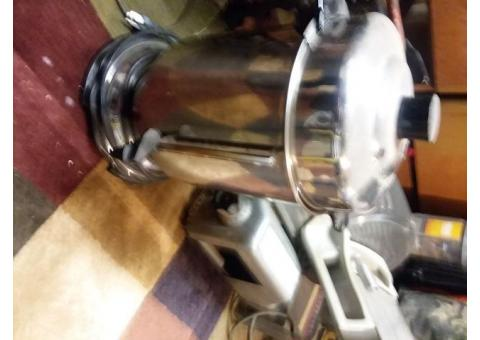 60 cup coffee brewer