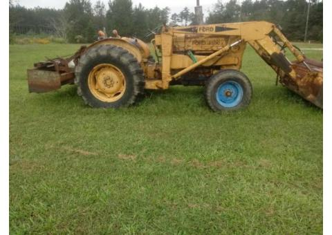 Ford 4500 tractor